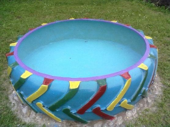 Емкость для воды из колеса