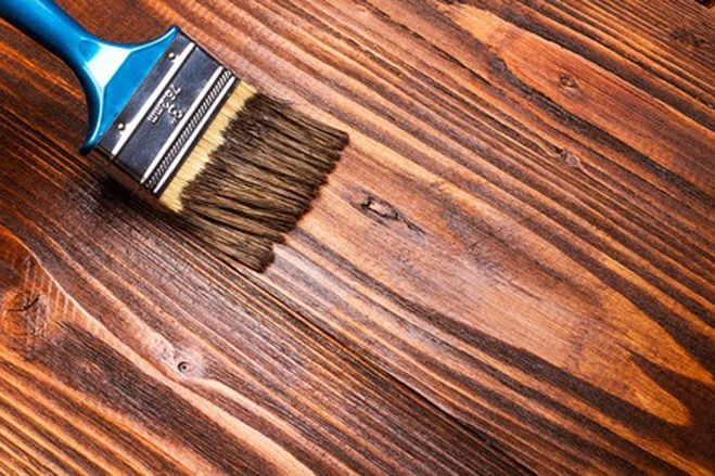 Как защитить древесину от влажности?