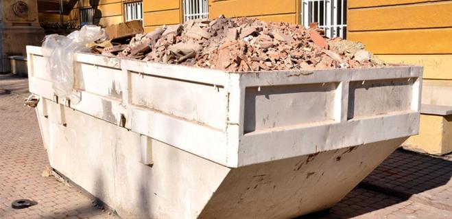 можно ли выносить строительный мусор в контейнер
