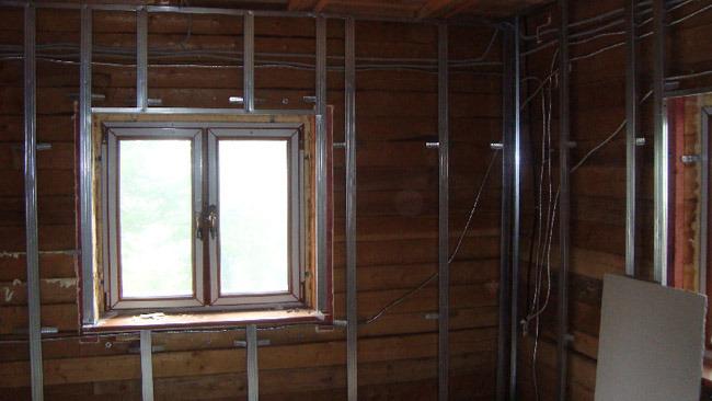 выравнивание деревянных стен гипсокартоном, этап