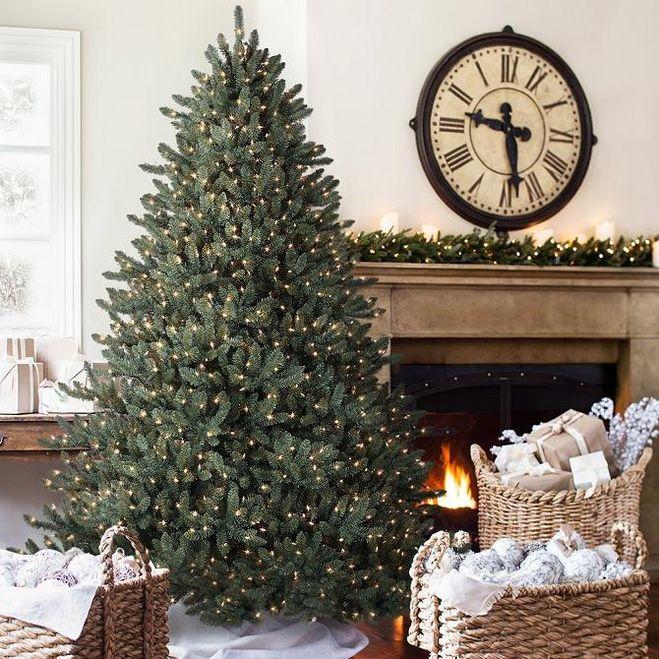 Новогодние украшение елочки в стиле минимализм
