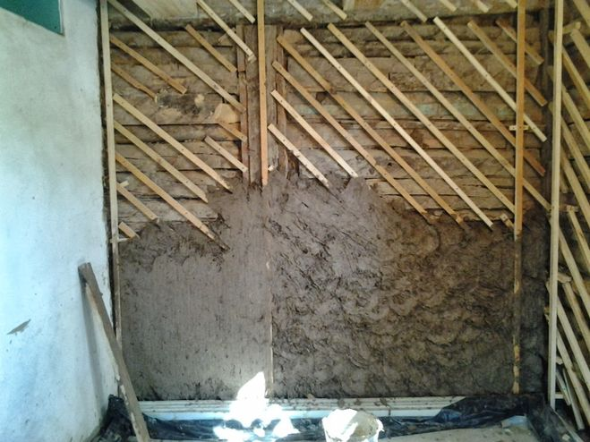 выравнивание деревянных стен, рейки, этап