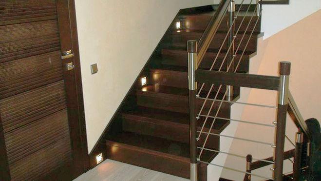 лестница, светильники
