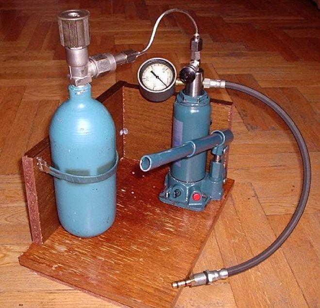 давление воздуха в газовых баллонах подводной лодки