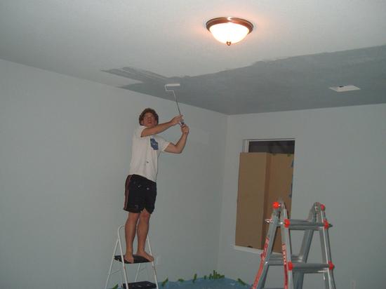 потолок и стены