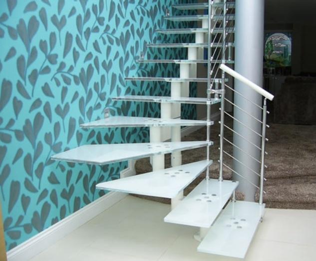 Из чего сделать ступени для лестницы