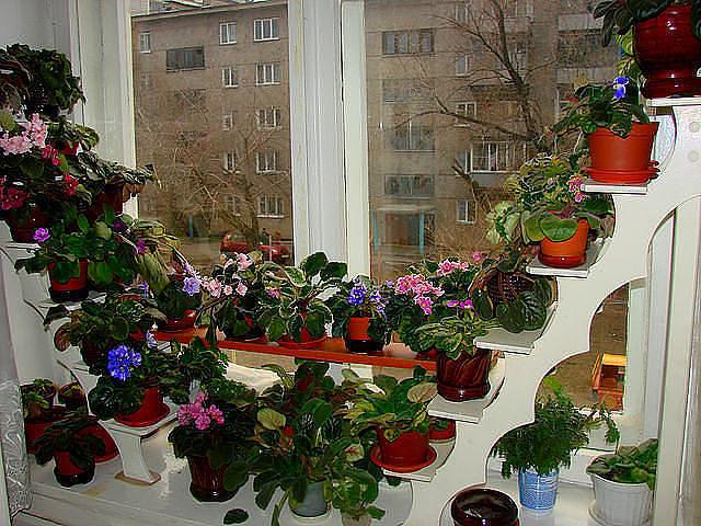 Подставка для цветов своими руками для подоконника