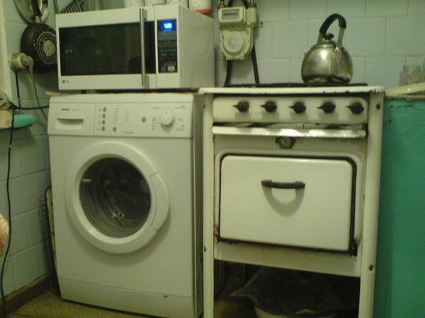 Можно ли ставить сверху на стиральную машинку автомат микроволновку