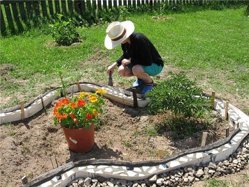 Декор садового участка своими руками из подручных материалов 74