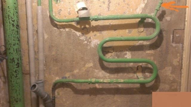 Как спустить воздух из труб водопроводных своими руками 703